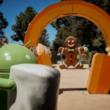 android mascot in theme park